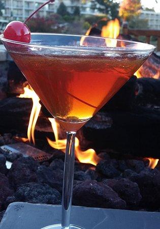 Eaglewood Resort & Spa: A Maple Manhattan from Ogden's Lobby Bar