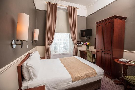 Lansdowne hotel ballsbridge au 146 2019 prices - Hotels in lansdowne with swimming pool ...