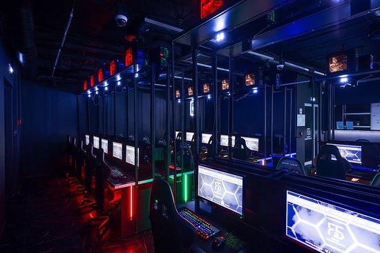 Клубы по киберспорту в москве ночные клубы спб арена