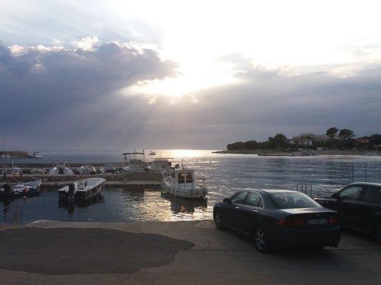Jakisnica, Croacia: Bistro Toni