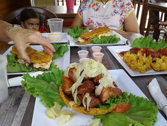 Aibonito, Puerto Rico: 20180706_140314_large.jpg