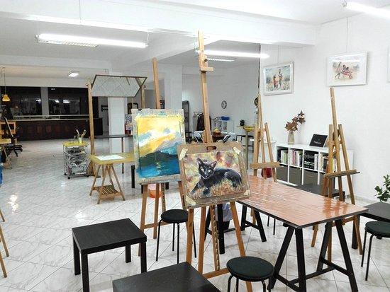 Caldas da Rainha, Portugal: Vista interior. Área de estúdio com mais de 200m2.
