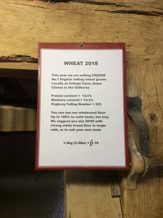 Ivinghoe, UK: Notice about the local wheat.