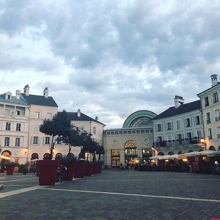 Val d'Europe Shopping Center: photo0.jpg