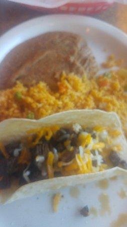 Salsa's: Fajita tacos