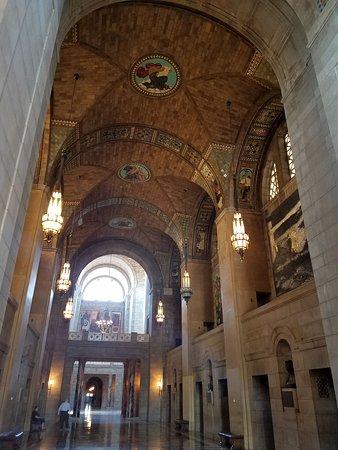 Nebraska State Capitol: The Great Hall