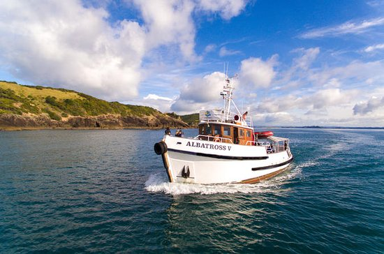 Explore the Bay of Islands Scenic...