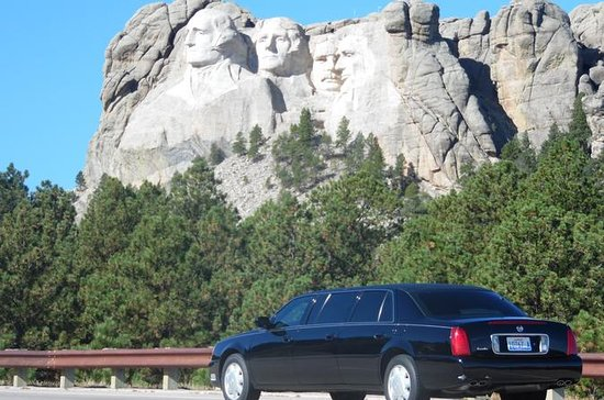 Beste van de West Limousine Tour van The Black Hills, Badlands, Devils Tower: Best of the West Limousine Tour of The Black Hills, Badlands, Devils Tower