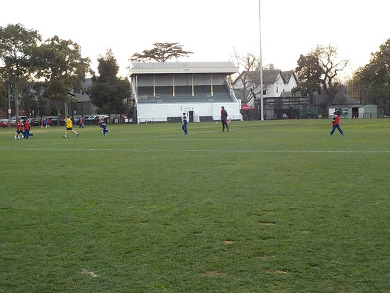 Malvern, Australia: school sports in action mid-week
