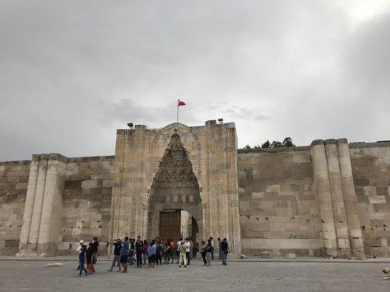 Sultanhani Kervansarayi 1