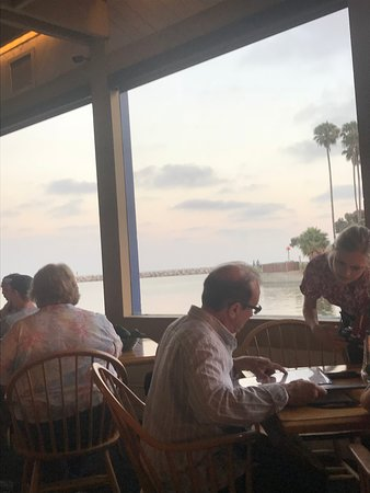 Harbor Grill Restaurant Photo