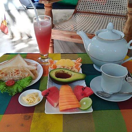 Mowgli cottage breakfast