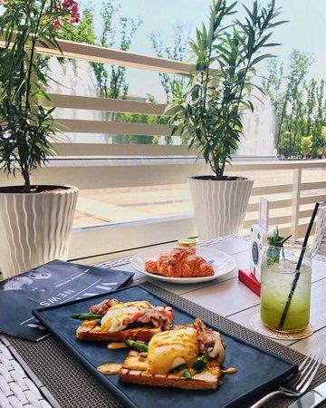Ресторан Коралловые бусы: Голландский Завтрак