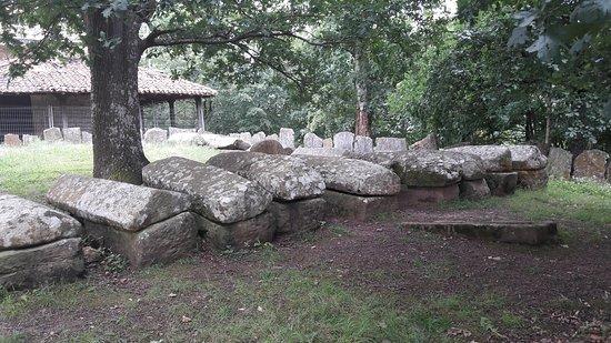Necropolis de Argineta