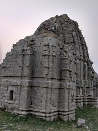 The submerged temples of Bilaspur