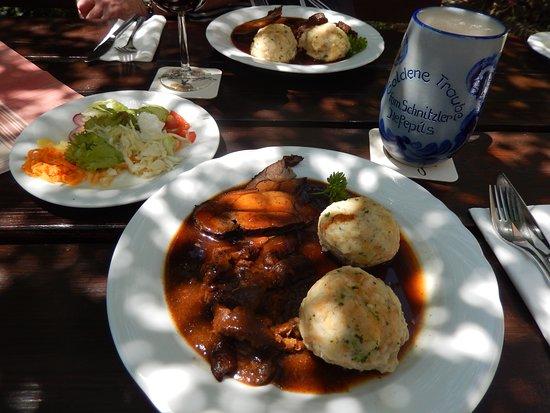 Senden, Deutschland: Wildschwein-braten/gulasch