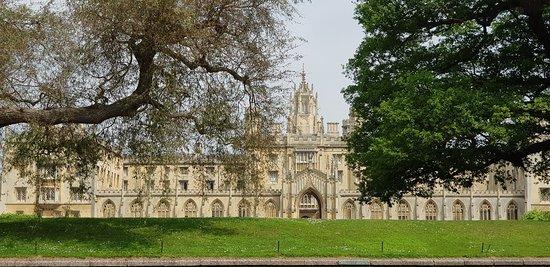 St. John's College: 劍橋大學聖約翰學院