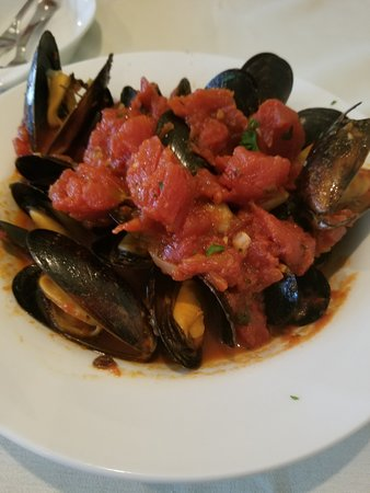 Mussels Marinara - Fantastic possibly the best I have ever had