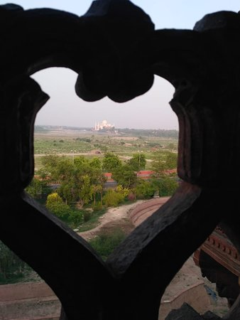 Taj Mahal Tour Guide Family Group: Hi Friend This is beautiful view of the Taj Mahal From Agra Fort.