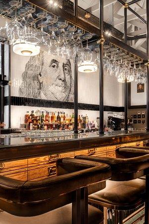 The Bull Run Restaurant: Dollar Bar
