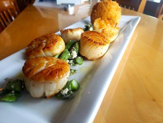 Harrington S By The Bay Traverse City Menu Prices Restaurant Reviews Tripadvisor