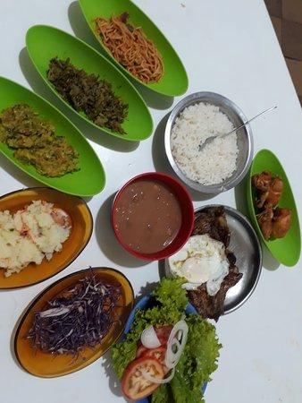 Navirai: Almoço Comercial, variedade e qualidade, com sabor de comida de casa, venham conferir.