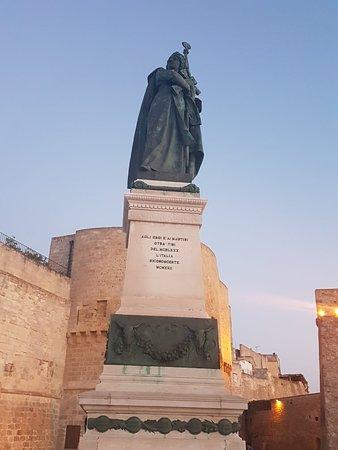 Monumento agli Eroi e Martiri di Otranto