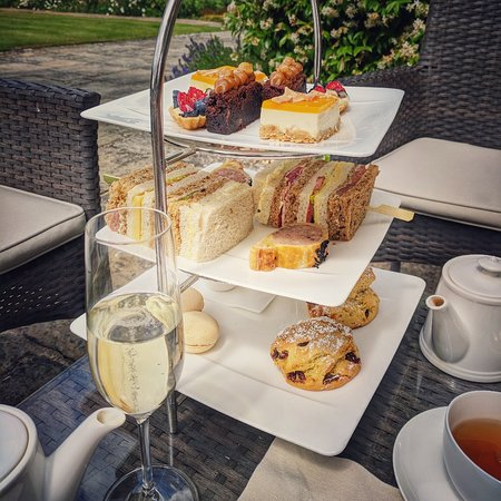 Morning at the spa and afternoon tea