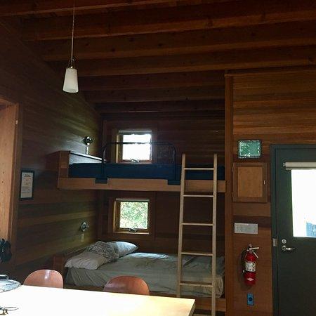 Farmington, MN: New and well designed cabin