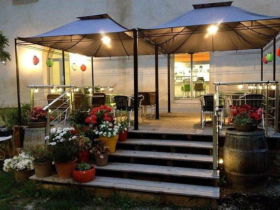 Rennes-les-Bains, Франция: Terrasse du restaurant