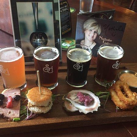 Sheet Harbour, Canadá: Tapas et bières