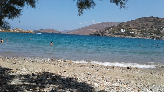 Serifos, Greece: Looking out to sea from Potos Beach