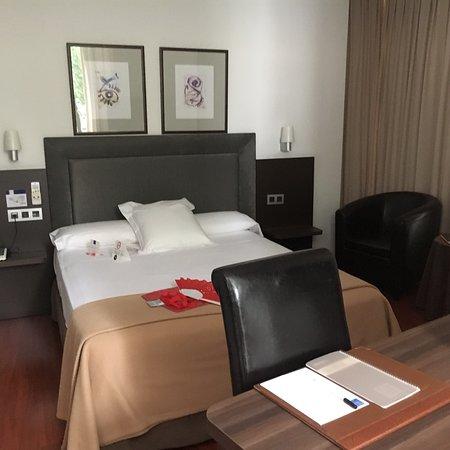 Yoldi Hotel: ホテルの外観