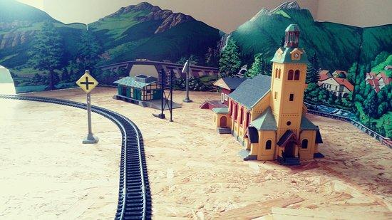 Rewal, โปแลนด์: Fajnie opowiedziana historia kolei. Polecam
