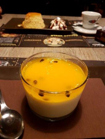 Postre de maracuya y crema de queso