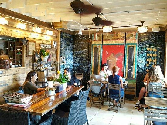 Wilton Manors, FL: Dining room