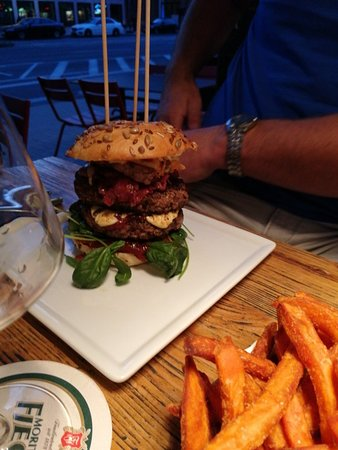 . Death by Chocolate   Picture of Beef   Burger  Bochum   TripAdvisor