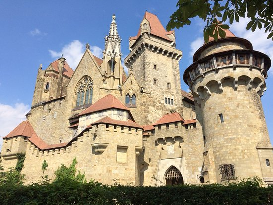 Leobendorf, Österreich: Beindruckende Ansicht der Burg
