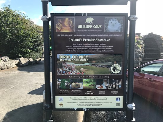 Ballyvaughan, Ireland: The attraction adverts outside