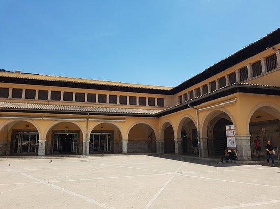 Mercado del Olivar: Exterior