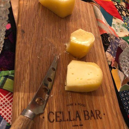 Cella Bar ภาพถ่าย