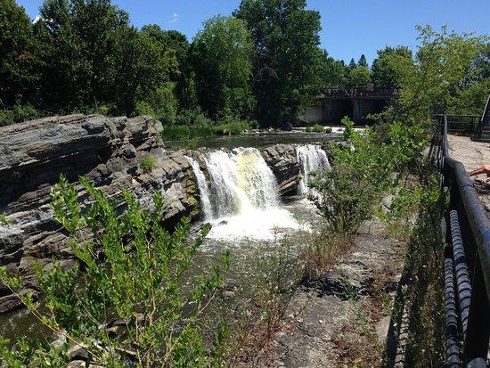 Оттава, Канада: the falls