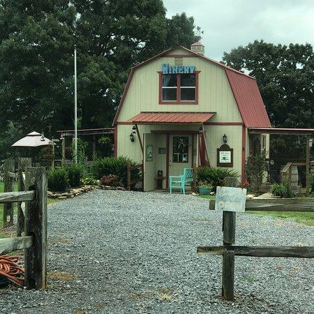 Blue Goose Farm and Vineyards: photo0.jpg