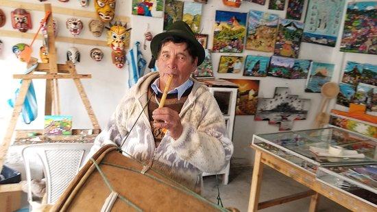 Tigua, Ecuador: Julio Toaquiza