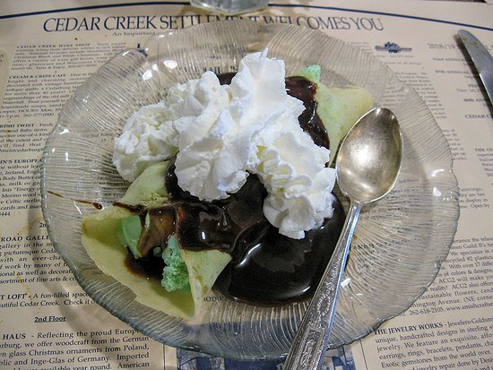 Cream & Crepe Cafe: Mosaic Crepe - mint chip ice cream with hot fudge & whipped cream