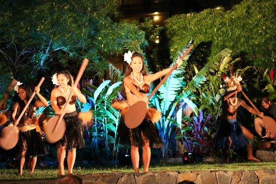 Huaka'i Luau Maui- Journey Through Polynesia