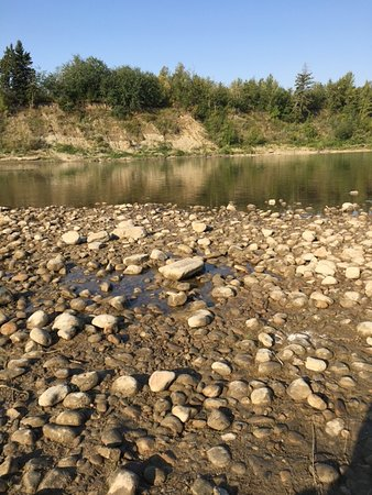 Tail Creek Park: You can sit on the rocks or lounge in the river. You can also kayak or canoe