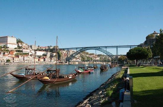 Porto Full Day Private City Tour med...
