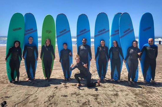 Beginner Surf lessons In Marin