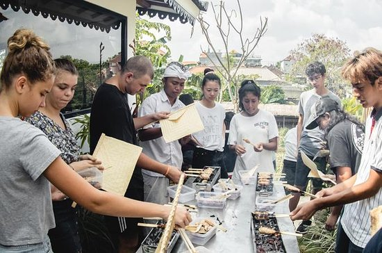 Balinese Afternoon Cooking Class in...